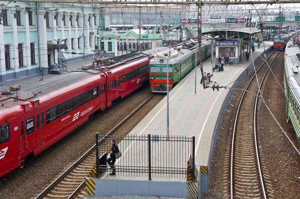 Железнодорожный перрон