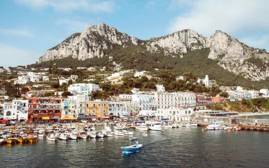 Port of Capri