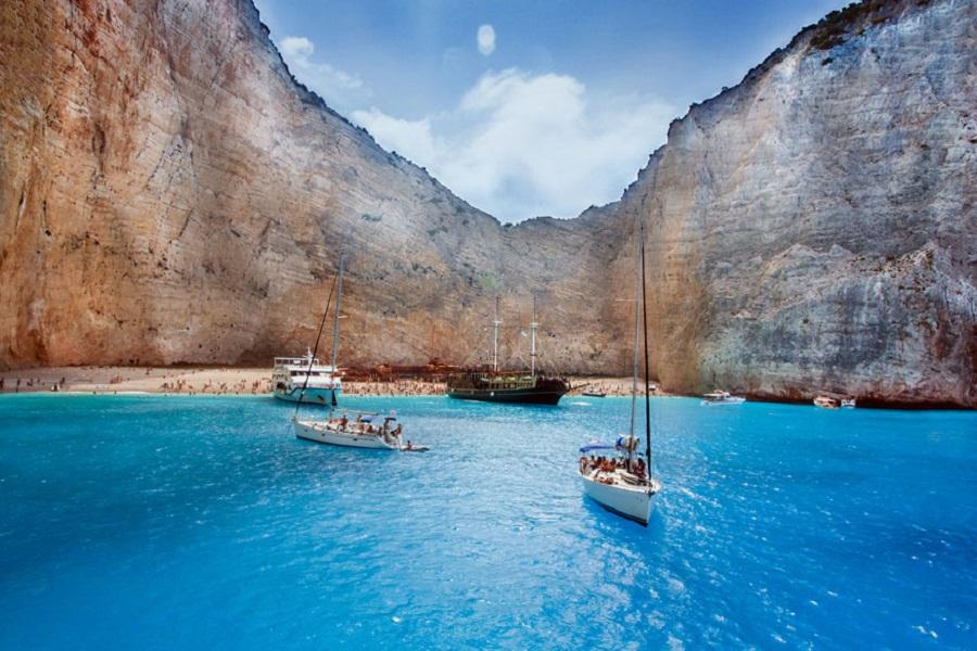 Все греческие острова заняли первое место