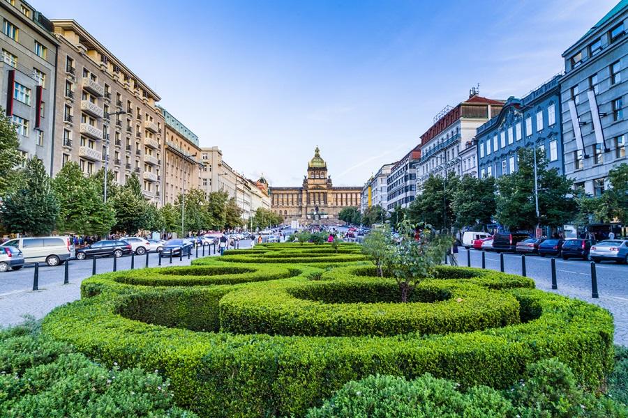 Главные достопримечательности Праги, Вацлавская площадь