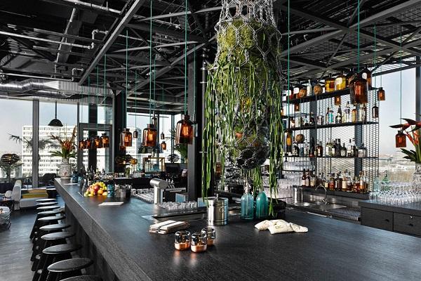 Берлинский отельный бар  Monkey Bar — лучший в Европе