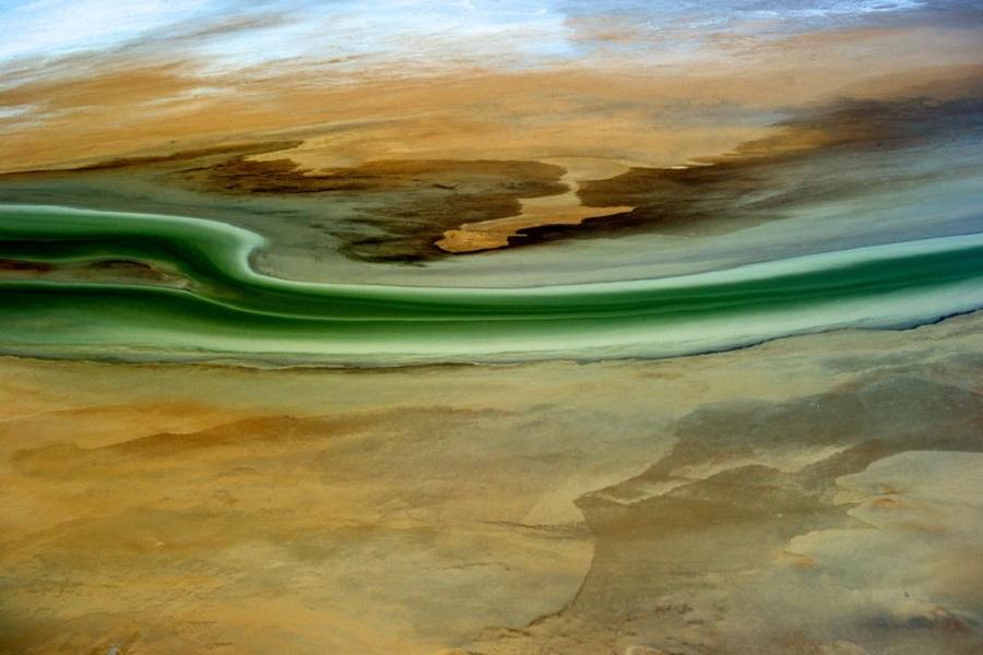 Пустыня у озера Эйр