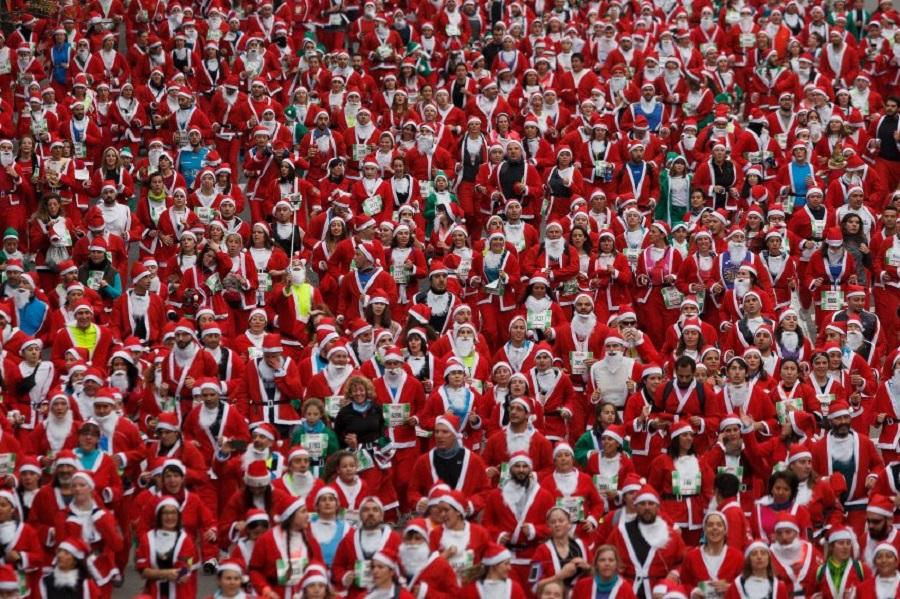 Забег Санта-Клаусов