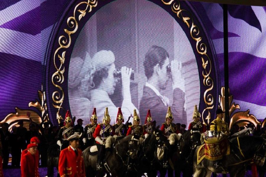 Праздник честь королевы