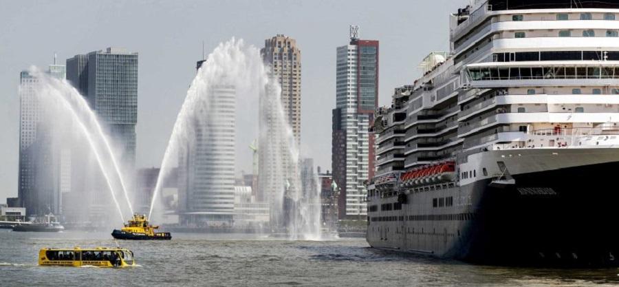 Крещение лайнера Koningsdam