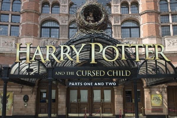 В Лондоне состоялась предпремьера спектакля о Гарри Поттере