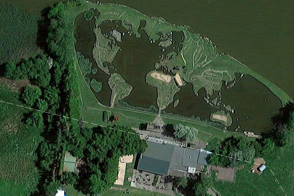 Карта мира на озере Клейтруп