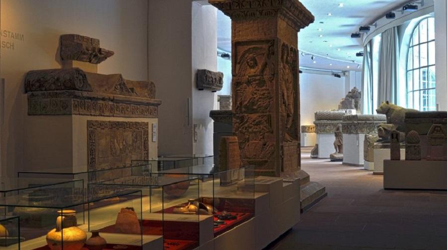 Римские надгробные сооружения