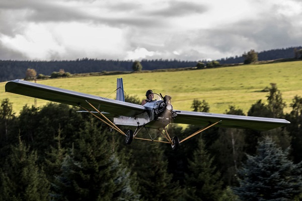 Самолет Vampira