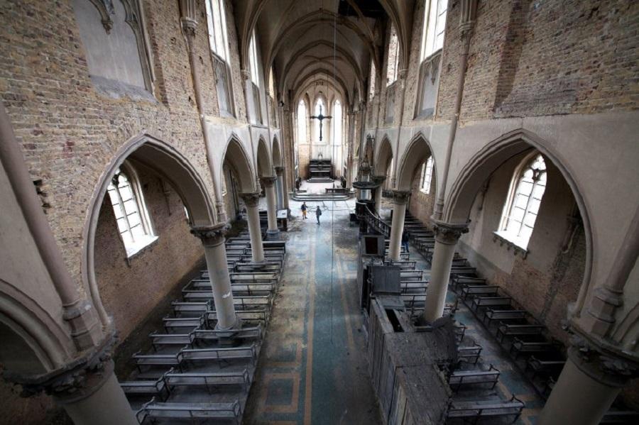 Церковь в Бельгии. Здание находится в отличном состоянии.