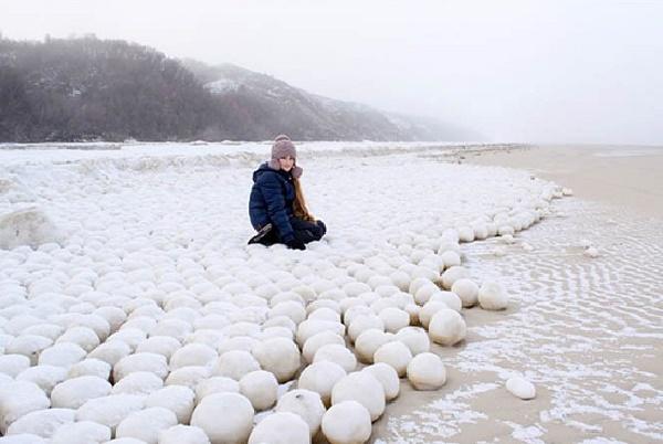 Ледяные шары