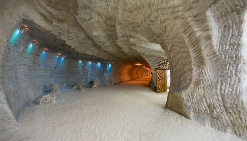 Солотвинские соляные пещеры
